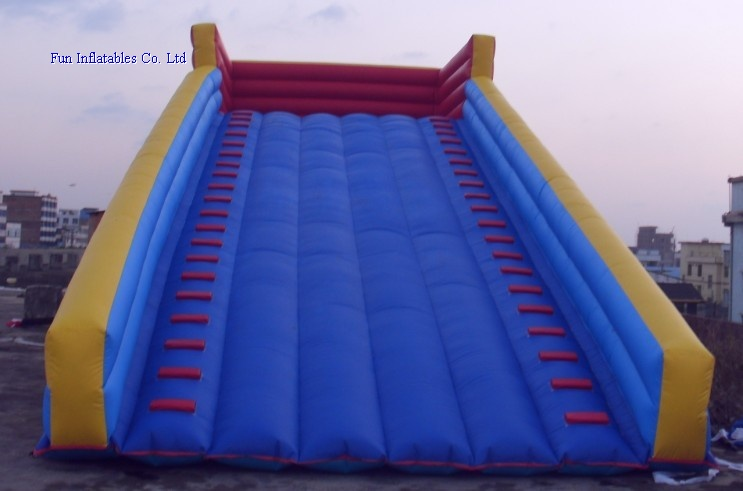 inflatable ramp for zorb balls