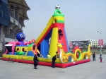 Inflatable amusement climbing castle